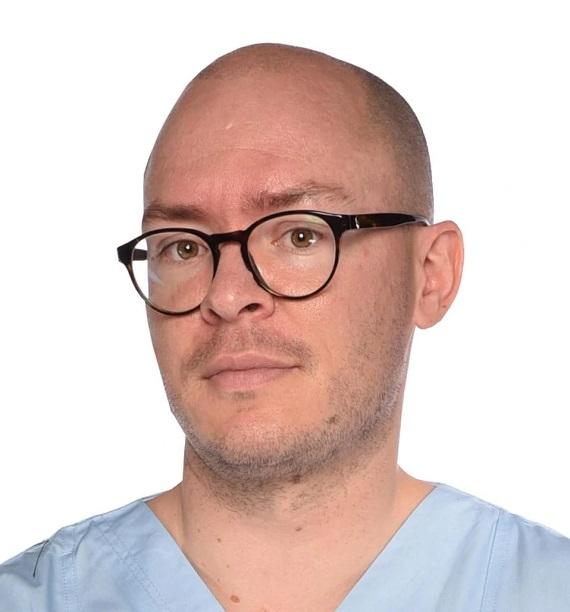 Dr. med. dent. Adorjan Szakal