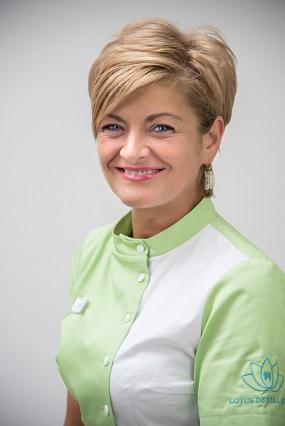 VALERIA KIS